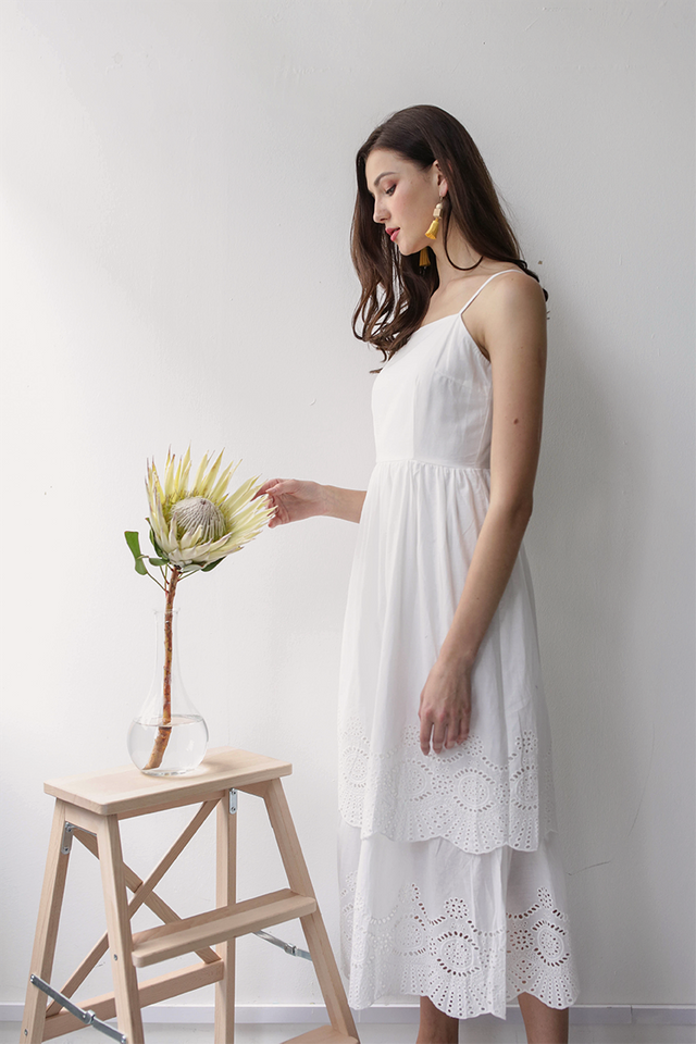 Kim Tiered Dress (White Eyelet)