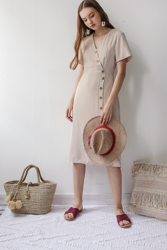 Mag Sleeved Button Dress (Wheat)