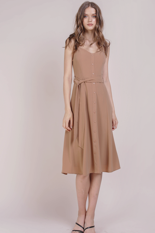 Izzy V Neck Midi Dress (Tan)