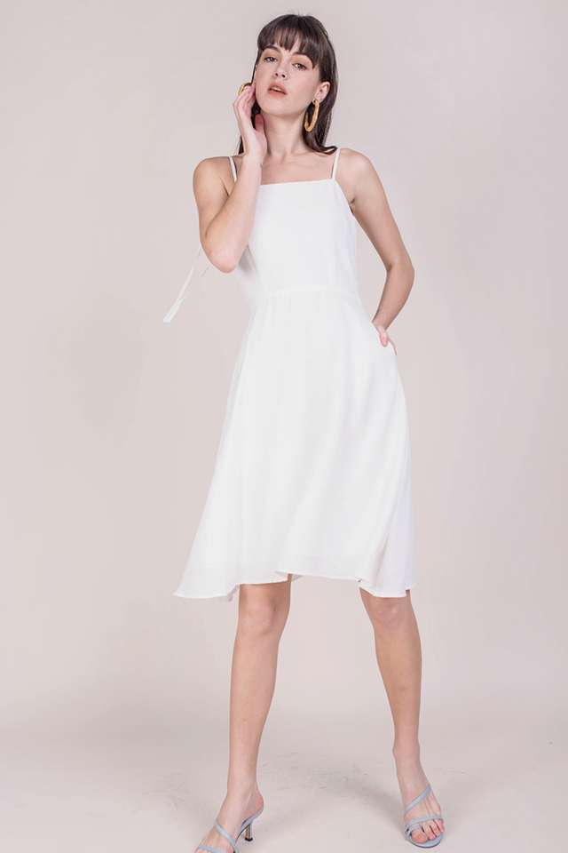 Tess Midi Dress (White)