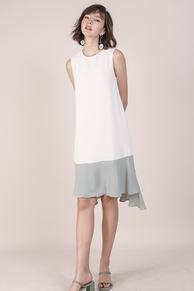 Rubie Flowy Dress (White/Seafoam)