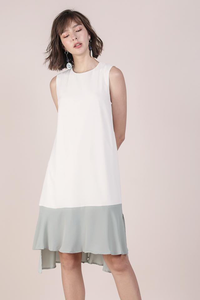 Rubie Flowy Dress (White/Seafoam)