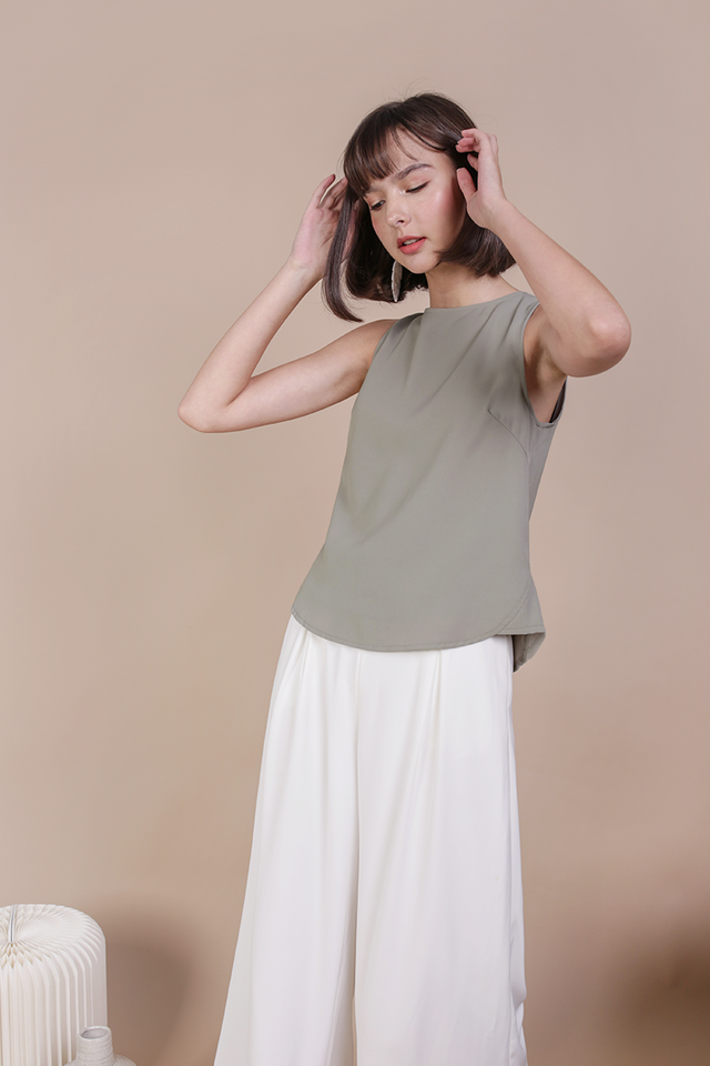 Fauna Top (Sage Green)