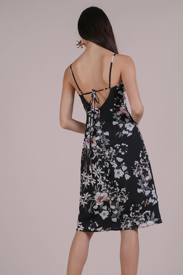 Juna Strappy Dress (Black Bouquet)