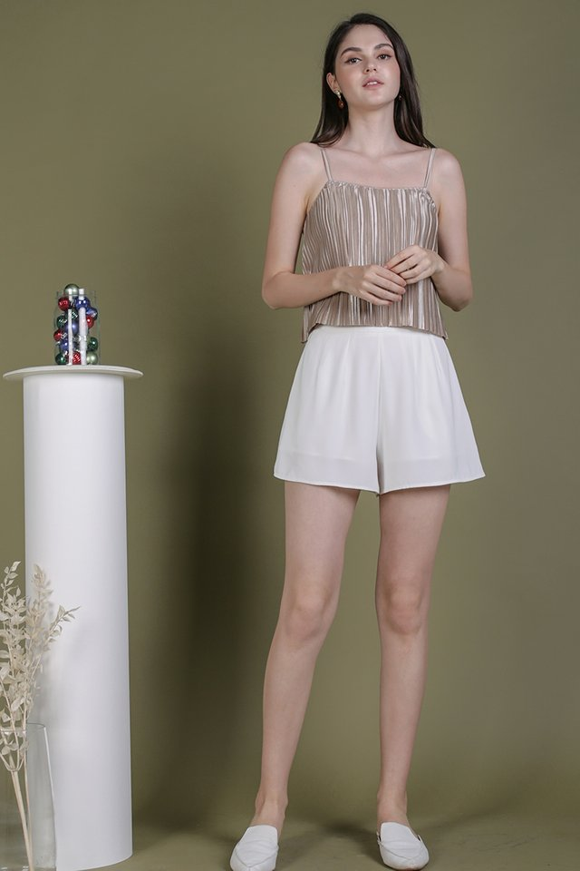 Reyna Pleated Top (Champagne)