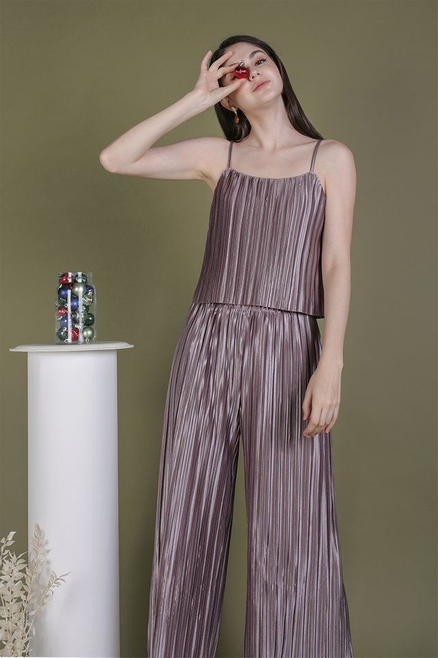 Reyna Pleated Top (Mauve Lilac)