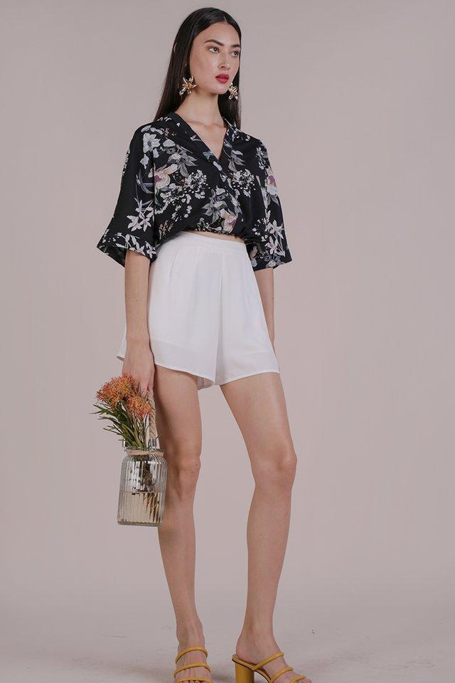 Azra Cropped Top (Black Bouquet)