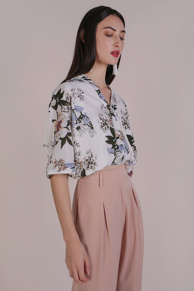 Azra Cropped Top (White Bouquet)