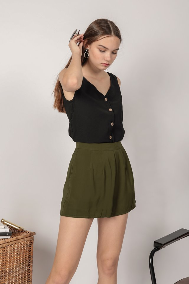 Petal Flare Shorts (Olive)