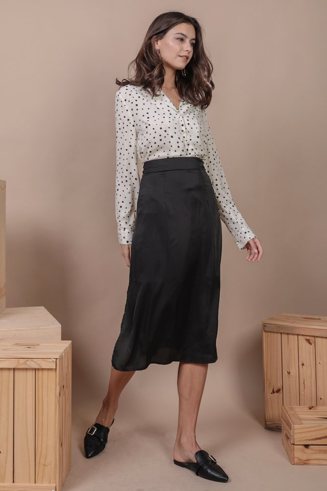 Rios Button Blouse (White Dots)