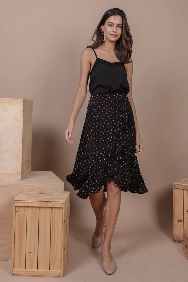 Lily Lace Spag Top (Black)