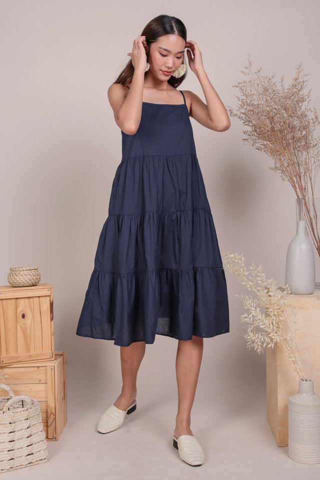 Meadows Tiered Maxi (Navy)