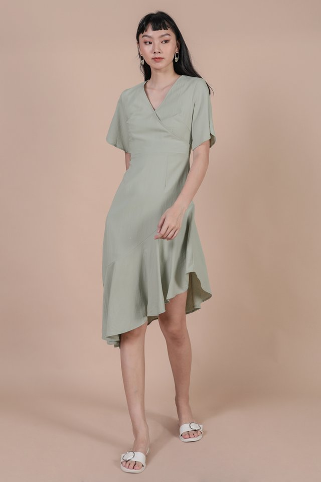 Santino Sleeve Dress (Light Sage)