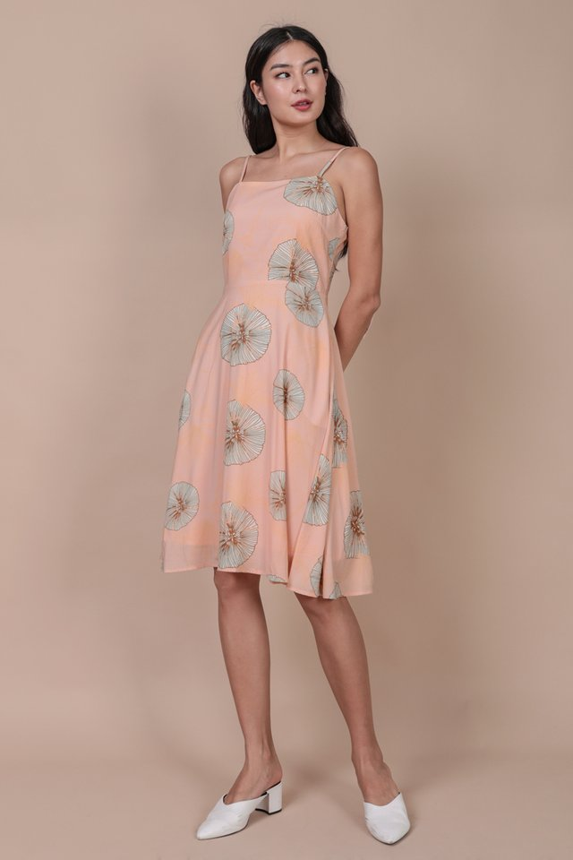 Tess Midi Dress (Pink Posies)