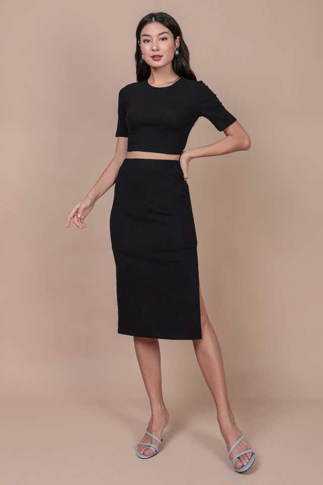 Decker Midi Skirt (Black)