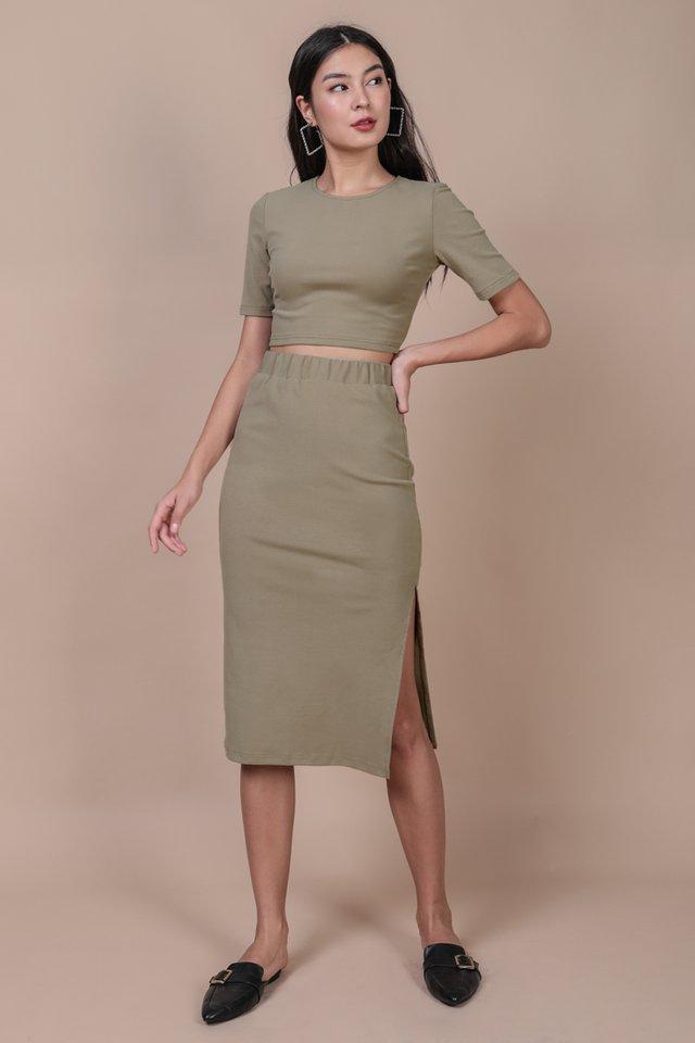 Decker Midi Skirt (Clay)