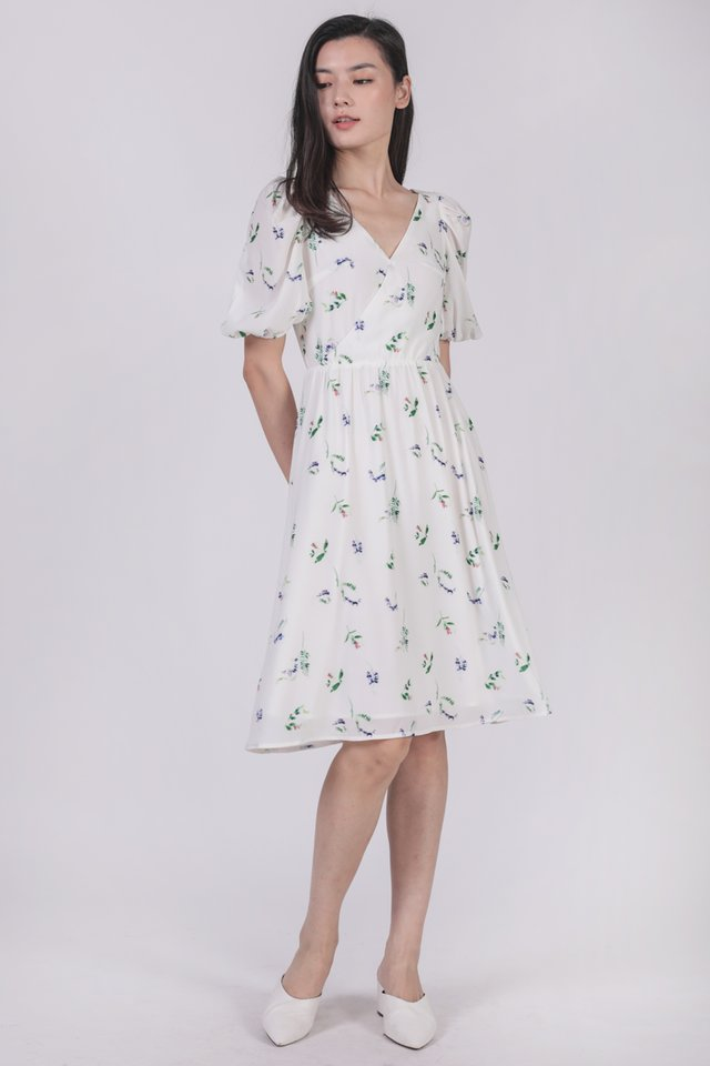 Briella Puffy Sleeve Dress (Petite Fleur)